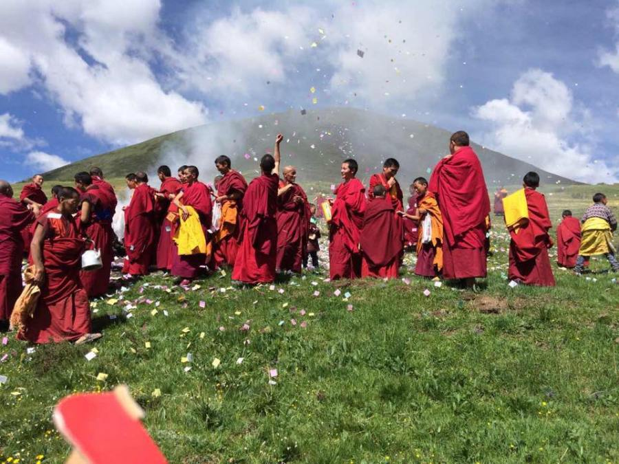 11652176_921306634593600_232167871_n   Tibet - DL 80th